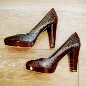 NWOT Ostrich Leather Platform Pumps